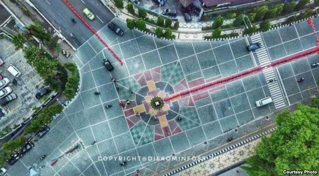 Foto desain pembangunan jalan di Solo yang diduga mirip simbol salib. (Foto courtesy: Pemkot Solo/VOA Indonesia)