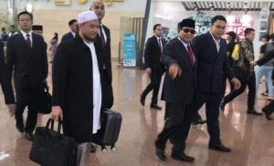 Benarkah Prabowo Subianto Kabur ke Luar Negeri?