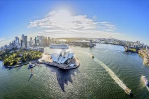 NTT Kirim 25 Anak Muda Belajar Pariwisata di Australia