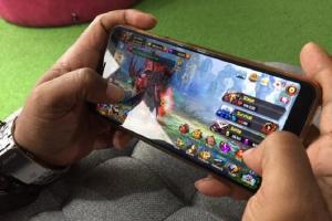 Psikolog Sebut Kecanduan Game Online Sama dengan Narkoba Lewat Mata