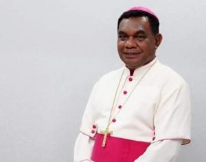 Sebelum Meninggal, Uskup John Philip Saklil Sempat Jatuh