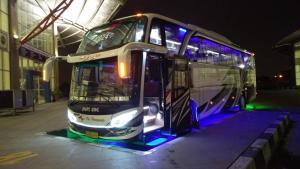 Naik Bus dari Terminal Pulogebang, Bisa Pelesir Hingga NTT