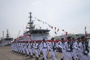 TNI Ajak Warga Kota Kupang Saksikan Langsung 3 Kapal Perang