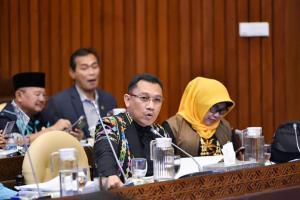 KKP Diminta Fokus Budidaya Lobster Domestik dan Perhatikan Dampak Ekonomis Maupun Ekologis