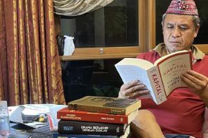Hoaks Sumbangan Rp2 T Akidi Tio, Benny Harman Sentil Penguasa Tidak Bohong