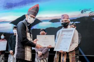 Desa Liang Dara Raih Penghargaan Kemenparekraf