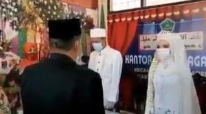 Viral, Pengantin dan Petugas KUA Kompak Nanyikan Lagu Indonesia Raya