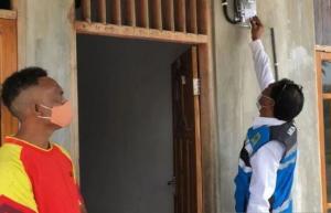 PLN  Alirkan Listrik ke 16 Desa di NTT